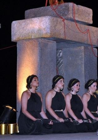 """Electra"" de Sófocles. Grupo Selene. Clausura del Festival juvenil de teatrogrecolatino de Segóbriga. 28 de junio de 2013."