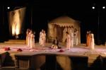 037. Dionisos. Ifigenia en Aulide